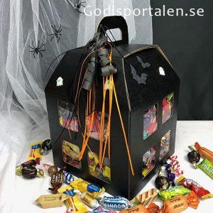 Halloween Spökhus / godishus med bara inslaget godis. Godisportalen.se