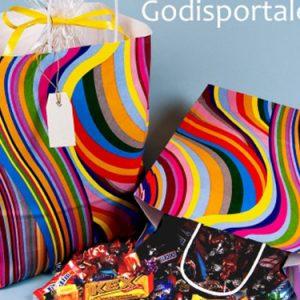 Sommarkasse i glada färger fyllt med fint godis