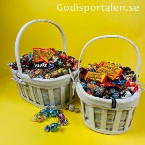 Godiskorg Staket med inslaget godis till Påsk - Godisportalen.se