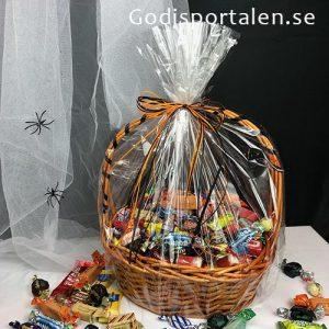 Halloween Godiskorg med bara inslaget GODIS. Passar företag. Inslagen i Cellofan. Orange / Svarta band. 3 kg. Godisportalen.se